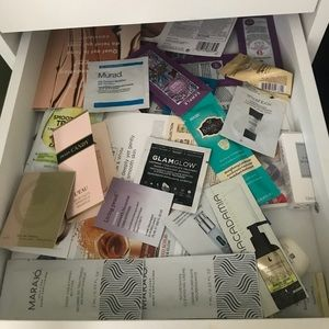 Beauty sample mystery box